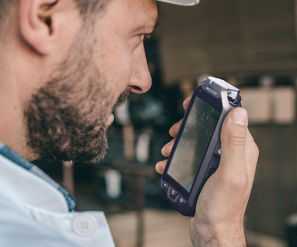 Smartphone industrial RG725