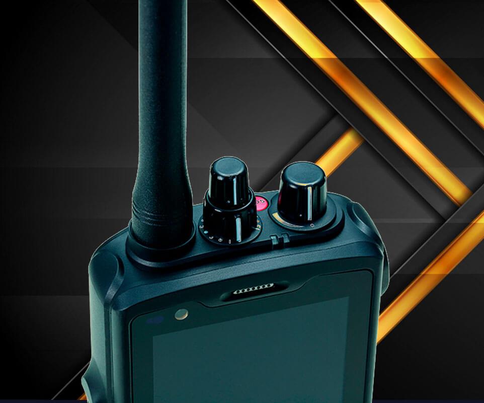 Smartphone con radio UHF RG760