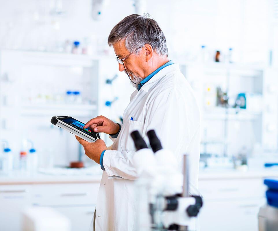 Tablet anti-microbiana Winmate M101P-ME